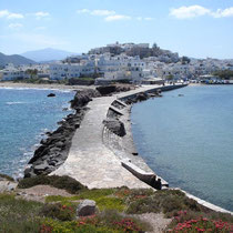 Naxos: Am Tempeltor, Blick nach Chora