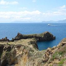 Ein Schiff kommt von Lipari
