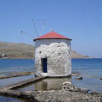 Leros: Wind(Wasser-)mühle in Agia Marina