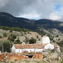 Und dann ist da noch die Taxiarchis-Kirche