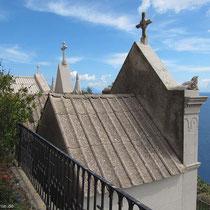 Unäolisches Dach