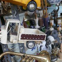 Beim Antiquitätenhändler