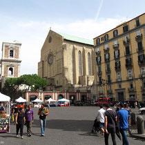 Auf der Spaccanapoli - Piazza del Gesù Nuovo