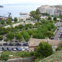 Der alte Hafen und die die Platia