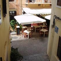 "Kreta: Blick auf das ""Kalderimi"" von Balkon"