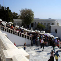 Tinos: Warten für Pilger