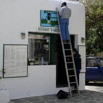 Folegandros: Saisonvorbereitungen beim Kreter