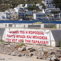 Amorgos: Protesttransparent in Katapola