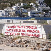 Amorgos: Protesttransparent in Katapola