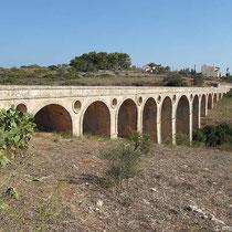 Die englische Brücke bei Katouni