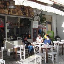 Kafenio in der Marktgasse ...