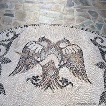Kieselsteinmosaik in der Panagia Spilianí