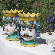 Hohlköpfe aus Keramik