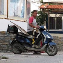 Was nich alles auf einen Motorroller geht