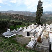 Der Friedhof...