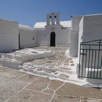 Kapelle mit Hof