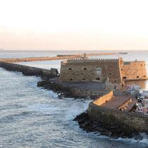 Blick vom Hotelbalkon auf die Koules-Festung