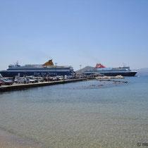 Naxos: Rendez-vous der Großfähren