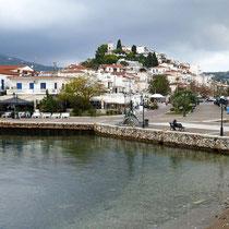 Hügel mit der Kirche Agios Nikolaos