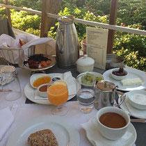 Frühstück ....