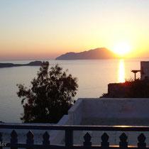Milos: Sonnenuntergang hinter Antimilos