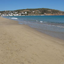 Am Strand in Platys Gialos