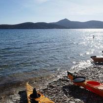 ... am Agios Georgios-Strand