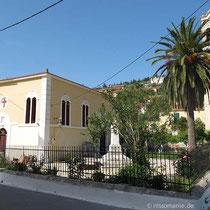 Die Mitropolis-Kirche