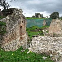 Backsteinmauern