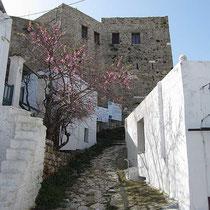 Der Aufgang zum Kloster