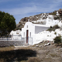 Milos: Höhlenkapelle von Agios Giorgos
