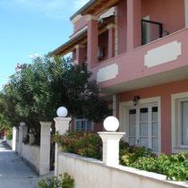Villa Botsoli