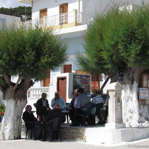 Der Alternativ-Gemeinderat im Kafenio