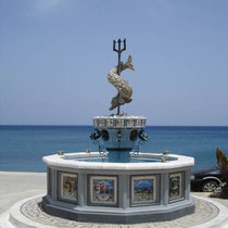 Karpathos: Delphinbrunnen in Diafani