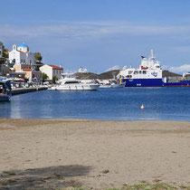 Am Strand in Korissia