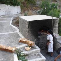 Karpathos: Der Ofen muss wieder ausgeputzt werden