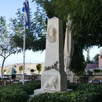 ... und das Denkmal