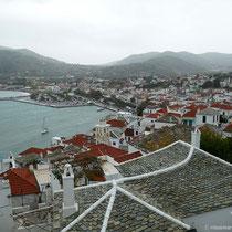 Blick über Hafen ....