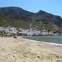 Der Strand von Kamares