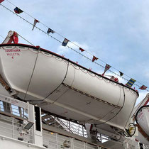 Rettungsboote sind vorhanden