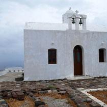 Die Gipfelkapelle Mesa Panagia auf dem Kastro