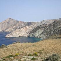 Folegandros: Steilküste und Chora