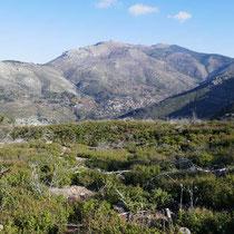 Blick auf Kazaviti und den Berg Tsetou Rachi, /Toumba
