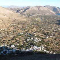 Blick auf die Ebene zwischen Megalos Chorio und Eristos