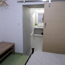 Zimmer im Tiefparterre...
