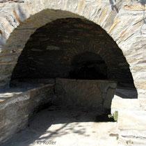 Andros: Brunnen in Ano Pitrofos