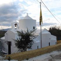 Nette Kapelle am Straßenrand