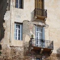 Kreta: Luftiger Balkon am venezianische Hafen