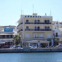 Hotel Coronis (unser Zimmer ganz oben rechts)