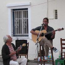 Baglama und Gitarre